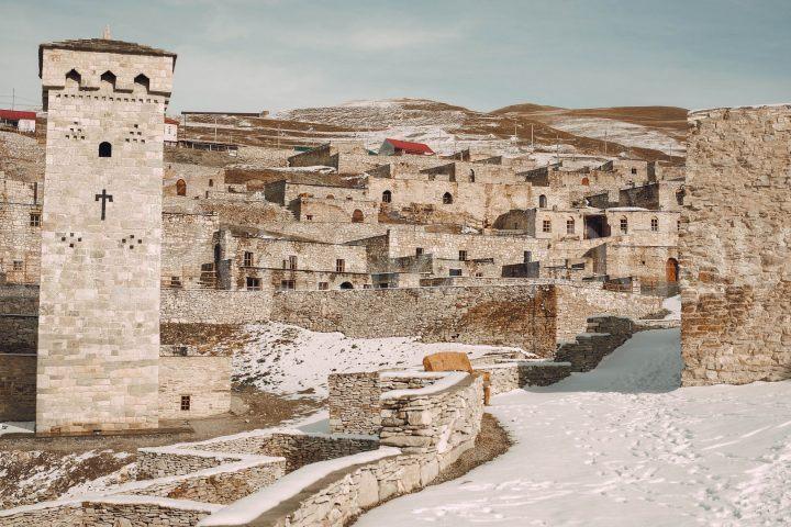 Древний город Хой
